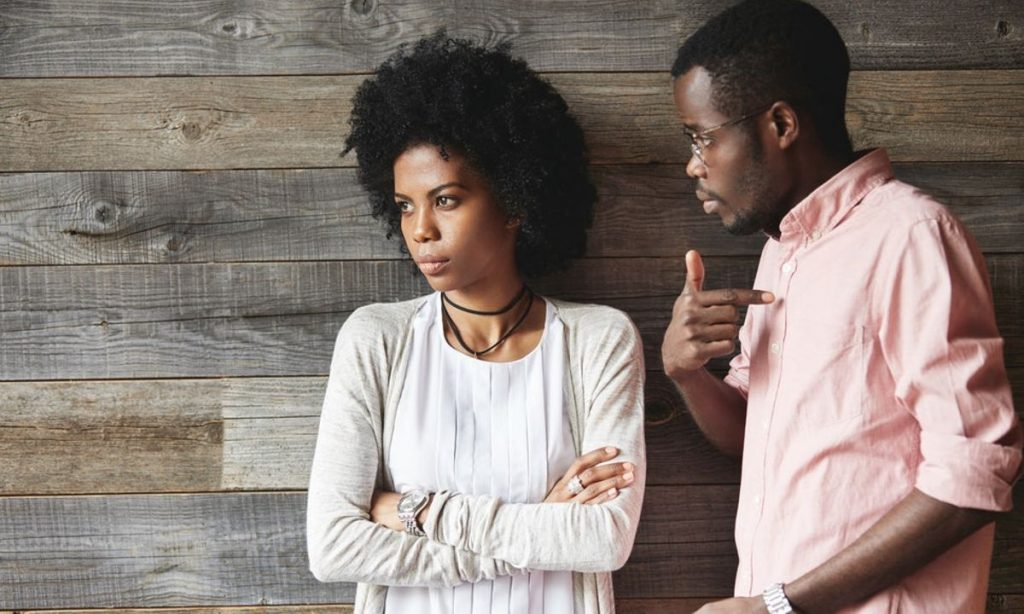 Things a Man Should Not Do in a Relationship